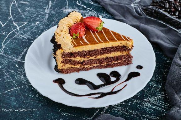 CAKES / PASTRIES