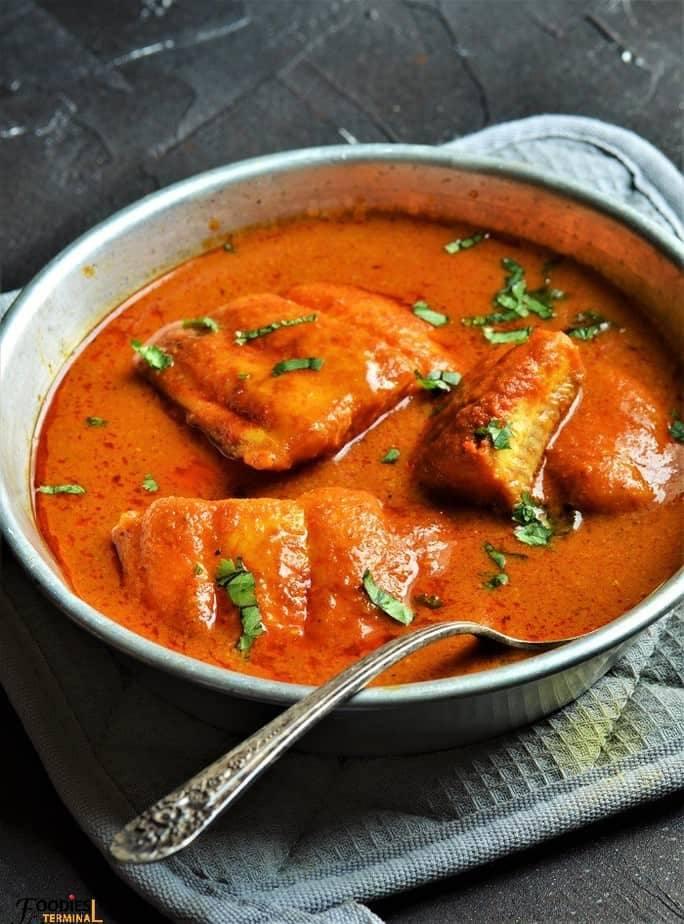 Nellore Chepala Pulusu (Fish Curry)