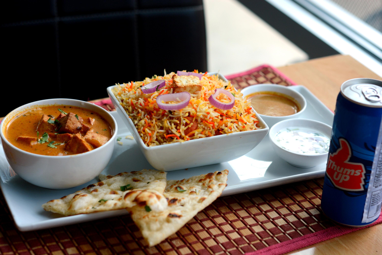Hyderabadi Chicken Dum Biryani (FAMILY PACK)