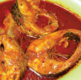 Nellore Chepala Pulusu (Fish Curry)