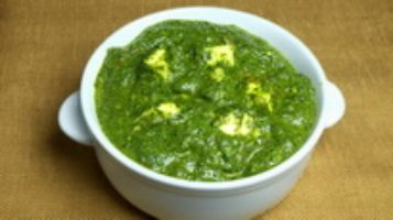 SAAG (Spinach) PANEER - THE GREEN CURRY