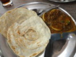 Paratha With Egg Curry