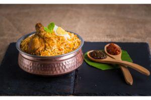 Aavakai Chicken Dum Biryani