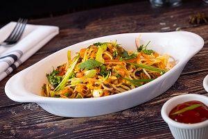 Veg Noodles with Paneer Manchurian