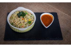 Hakka Noodles (Veg)