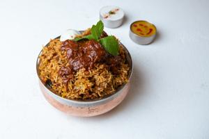 Ulavacharu Biryani Chicken  (House Special)