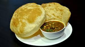 Chole Bhatura (2 Pcs)