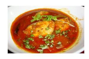 Nellore Chepala Pulusu (Fish Pulusu)