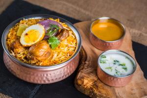 Mega Fmly Pk Hyderabadi Chicken Dum Biryani