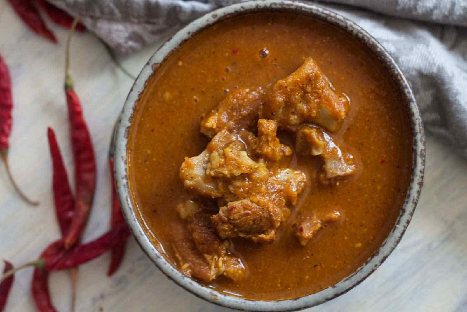 Aachari Gosht (Chef