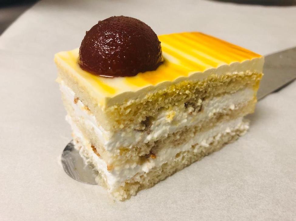 Gulabjum Cake Pastry