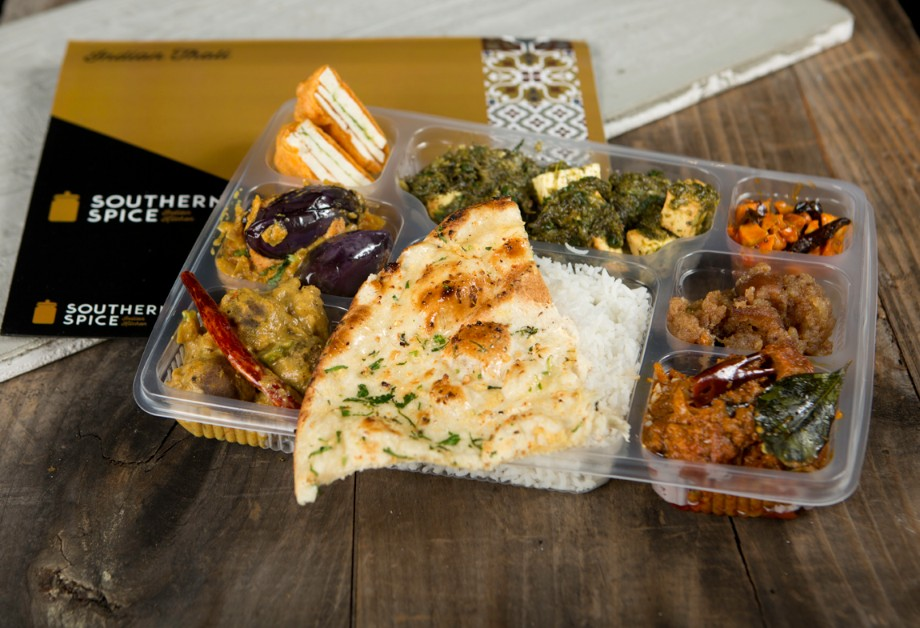 Take-Out Lunch Box with Naan